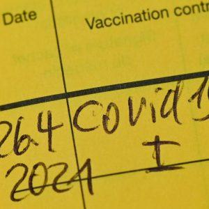 Schlag gegen Betrüger: Immer mehr gefälschte Impfausweise